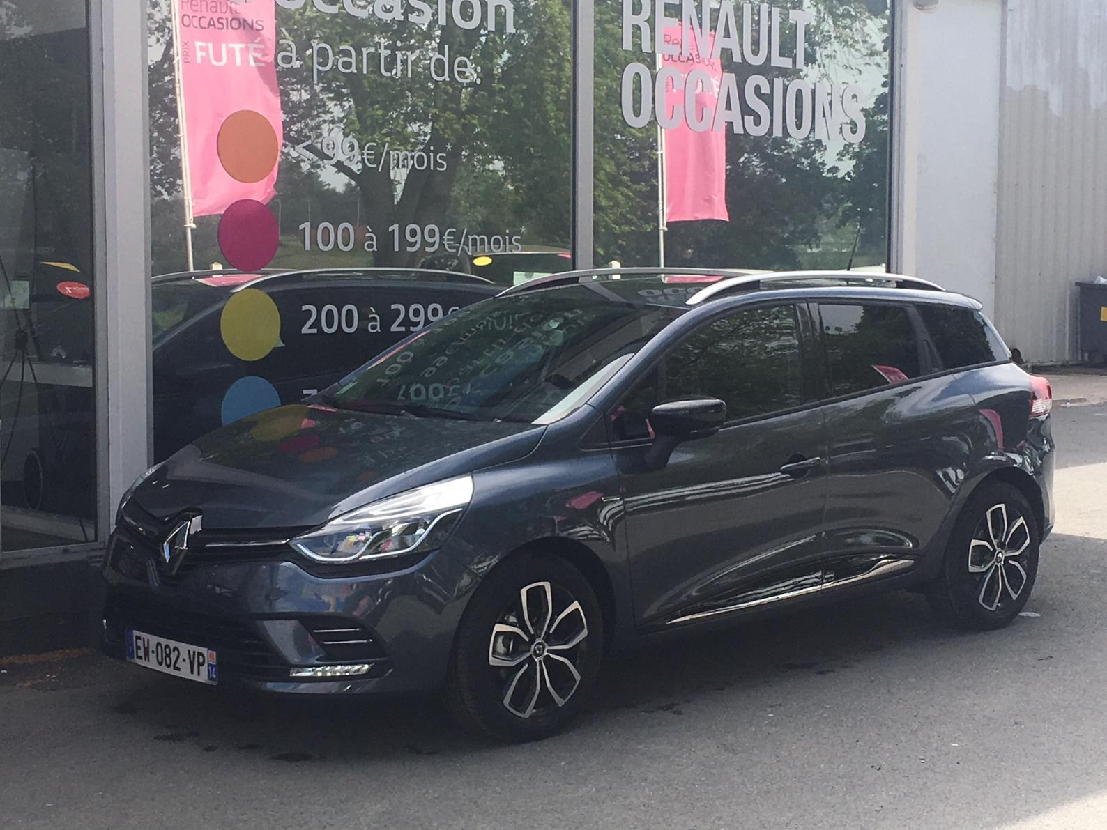 RENAULT Clio Estate