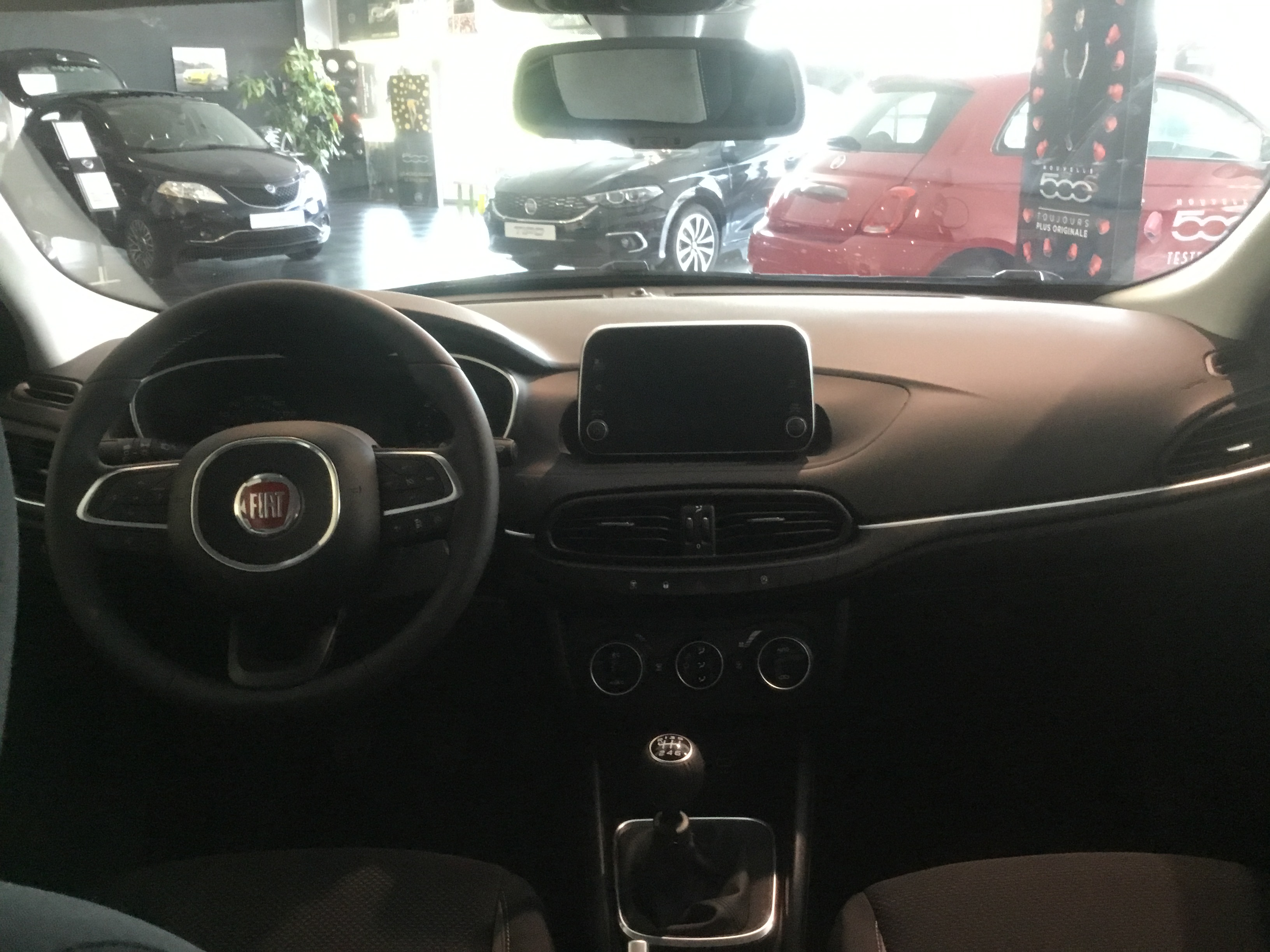 fiat tipo-sw 14-t-jet-120-ch-lounge-ss